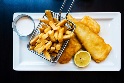 Busy Fish + Chip Shop – Ref:12136