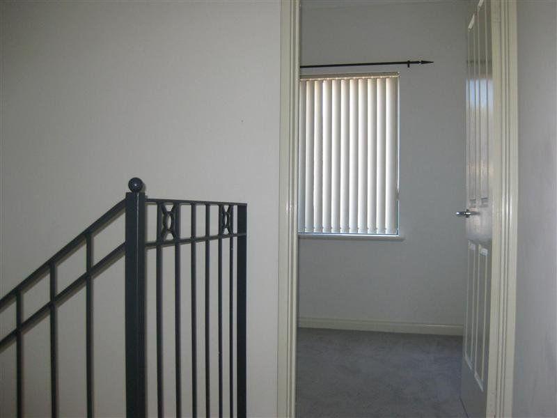 10/374 Stirling  Street Highgate 6003