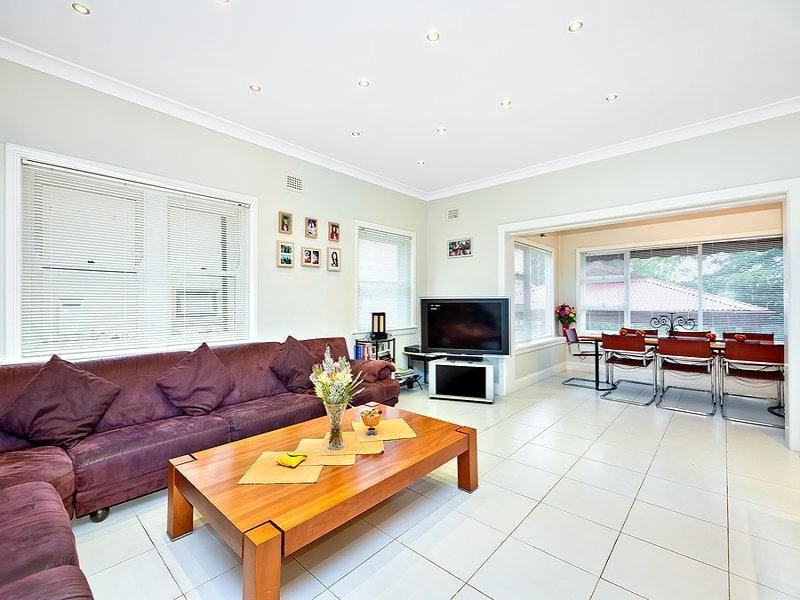 16 Fraser Street, Strathfield