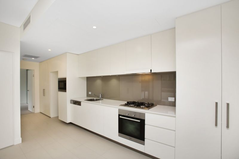 Large 2-Bedroom apartment in Harold Park