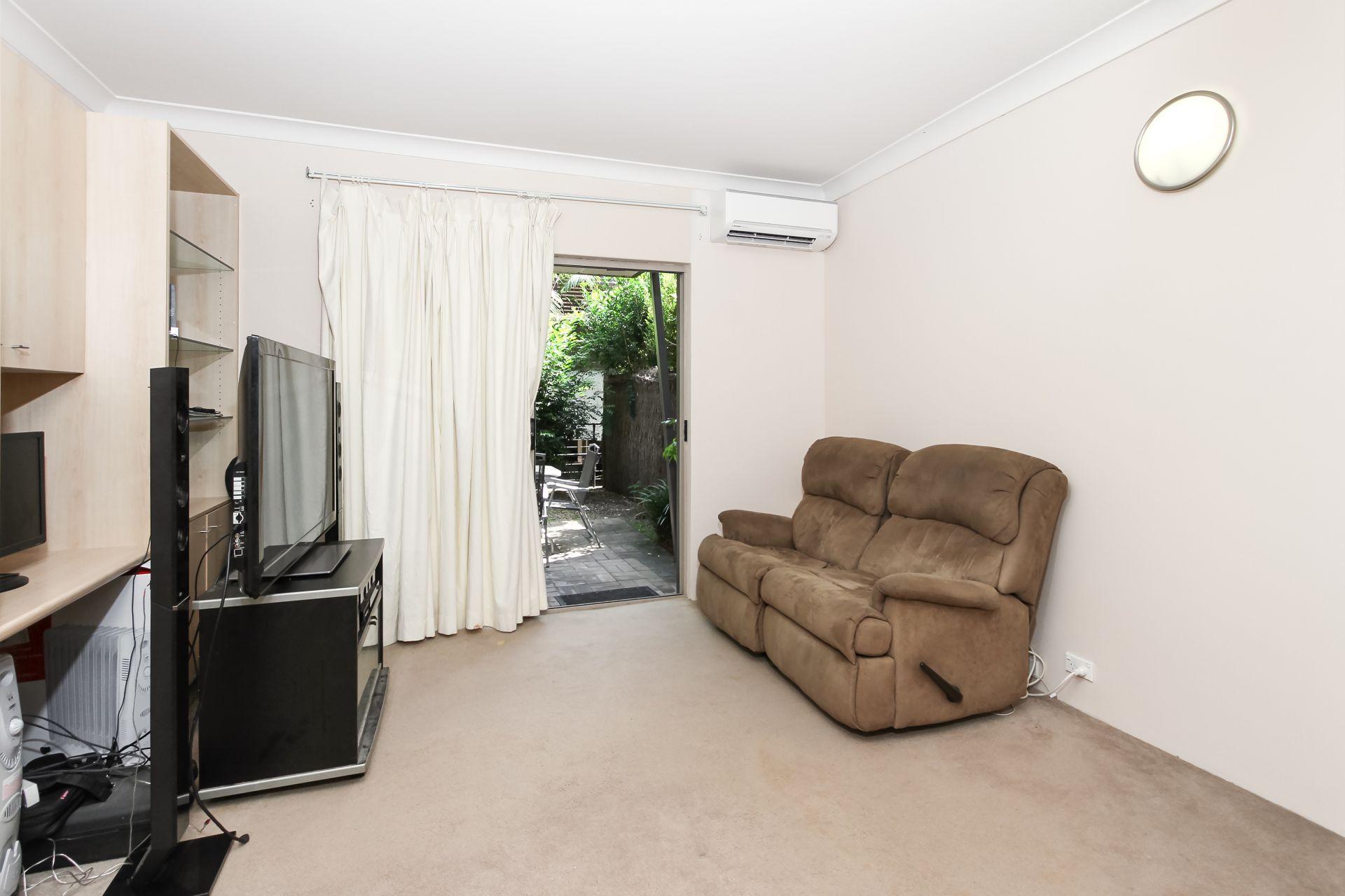8/165 Victoria Road, Gladesville NSW