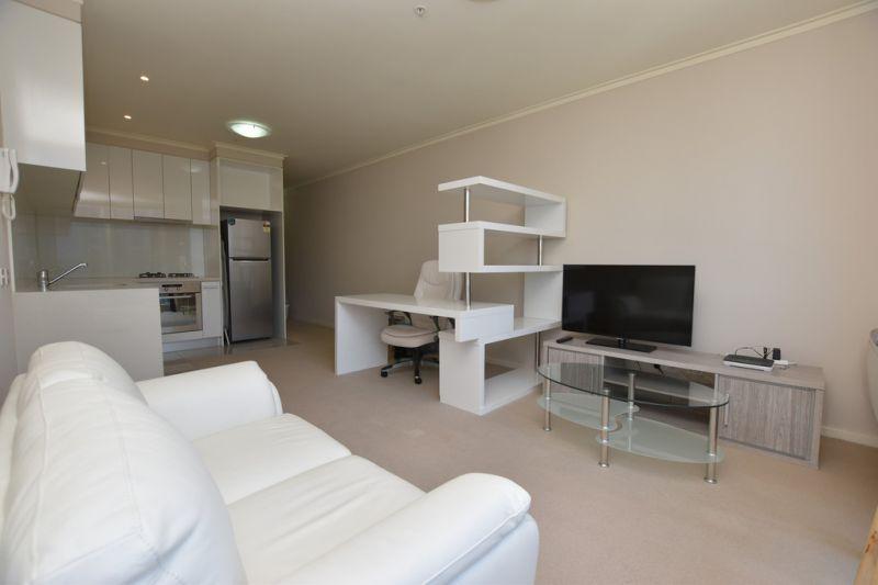 One Bedroom Vue Grande Stunner!