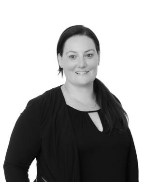 Michelle Veenstra real estate agent