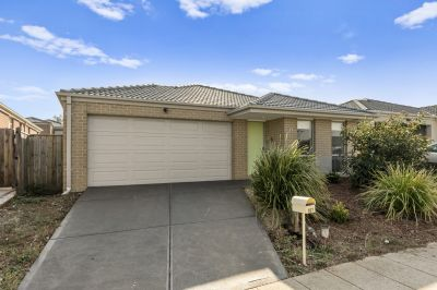 Location & Affordability Within Walking Distance to Tarneit Train Station