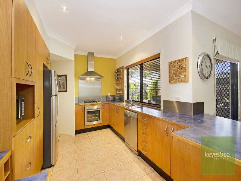2 Boston Crescent, Douglas
