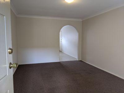 1/39 Currawong Street, Ingleburn, NSW