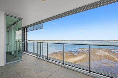 Unfurnished Spacious 2 Bedroom Apartment with Spectacular Water Views!!