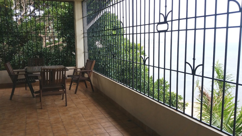 Comfortable 2 Bedroom Apartment with Exceptional Views