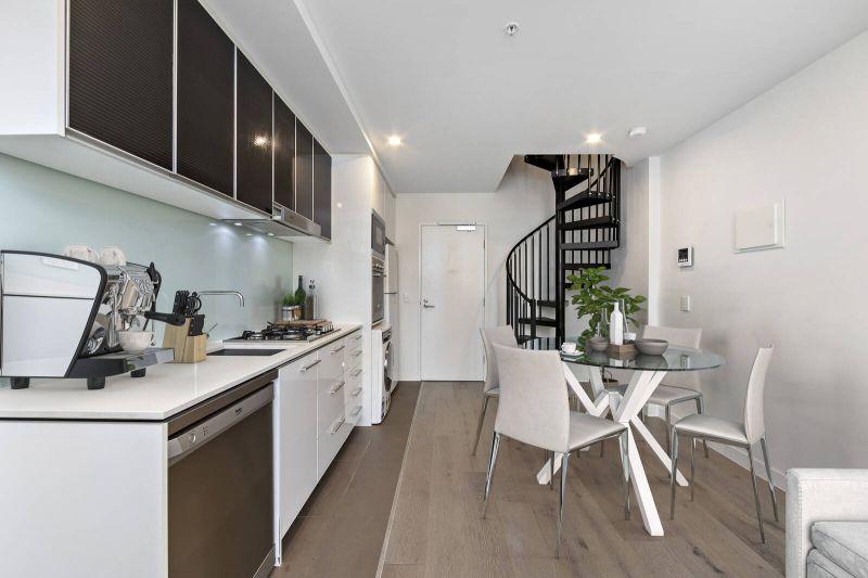 West Melbourne 911/423 Spencer Street