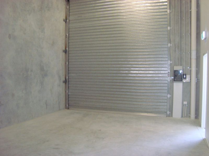 Brand New Industrial Unit With New 3 Year Lease