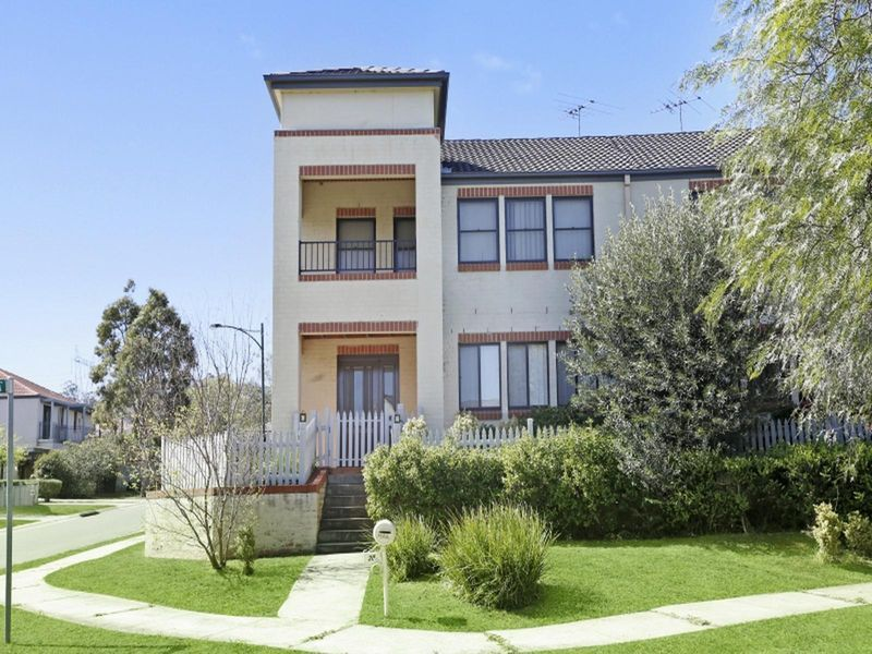 3 bedroom townhouse in peaceful area