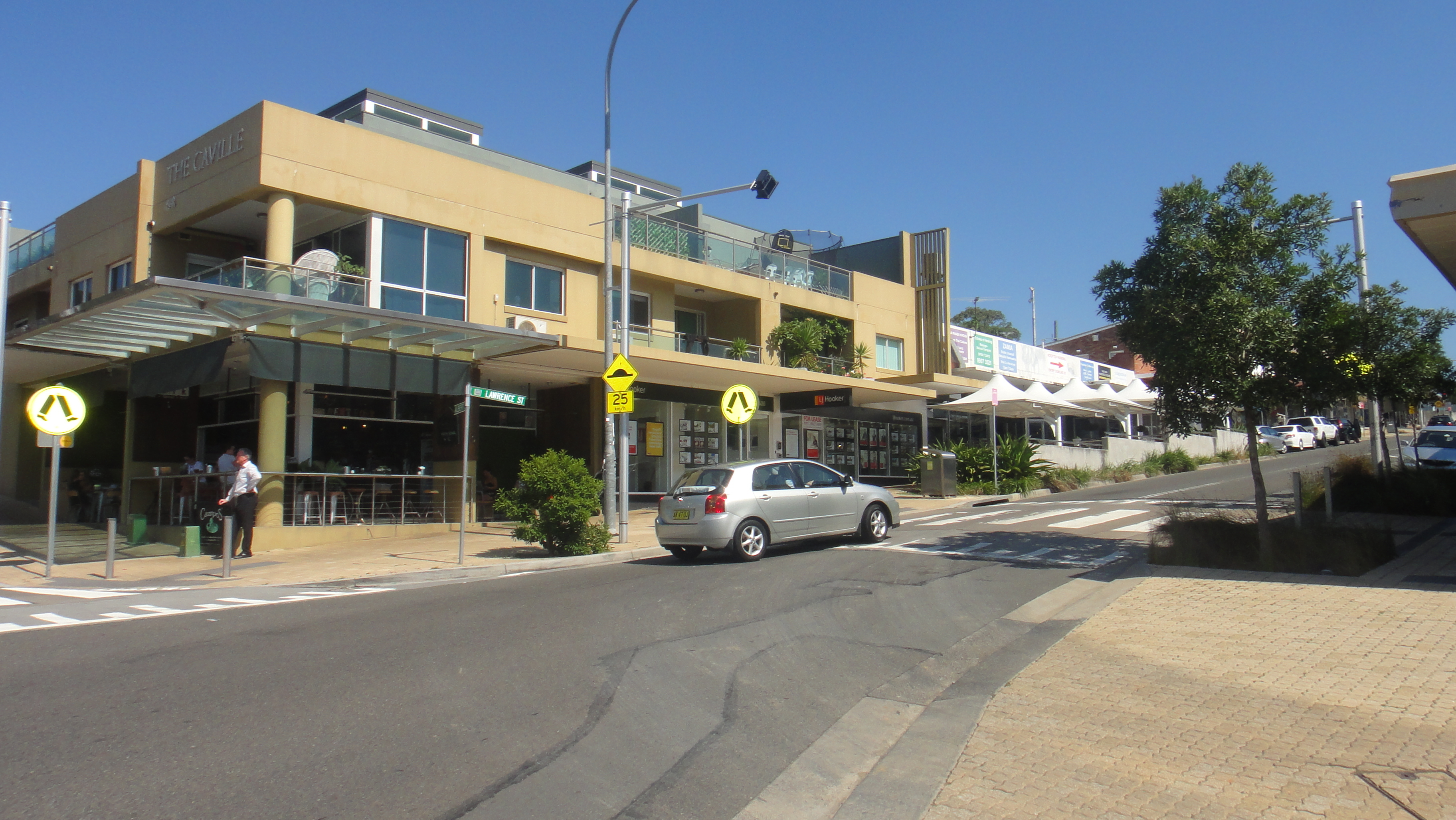 Prime Retail Space in Freshwater Village Available for Lease from May 2017.