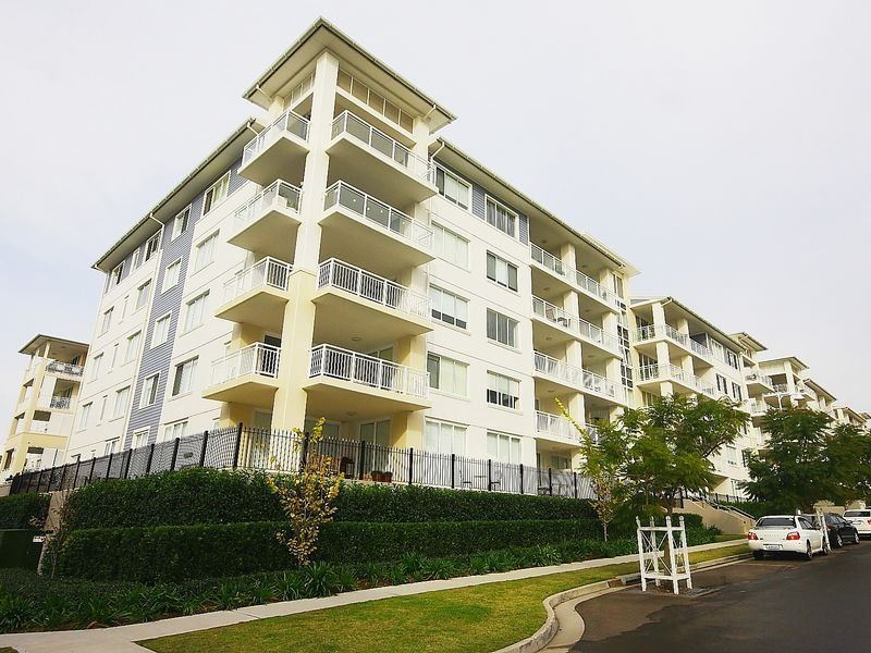 505/2 Rosewater Circuit Breakfast Point 2137