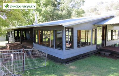 2372 Barry  Road, Hanging Rock