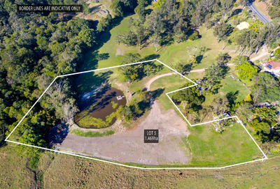 1.48 Hectares of Flat Usable Land in the Heart of Eumundi!!