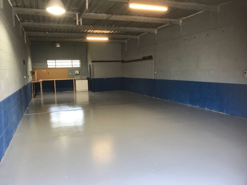 Small Warehouse - Ready For New Tenant
