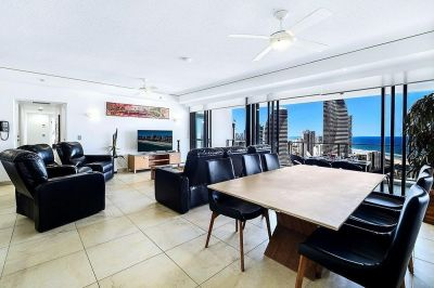 Luxurious 28th Floor Sub Penthouse