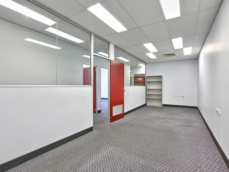 255 - 1,167sqm Office Including Fit Out