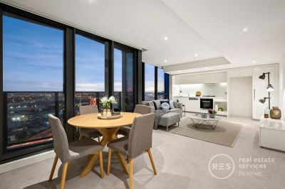 Luxury 2 bedroom apartment in Yarra's Edge