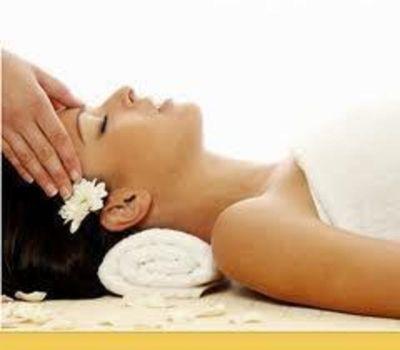 Massage Shop near Hoppers Crossing  Ref: 13731