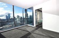 MAINPOINT, 36th floor - Modern & Spacious!