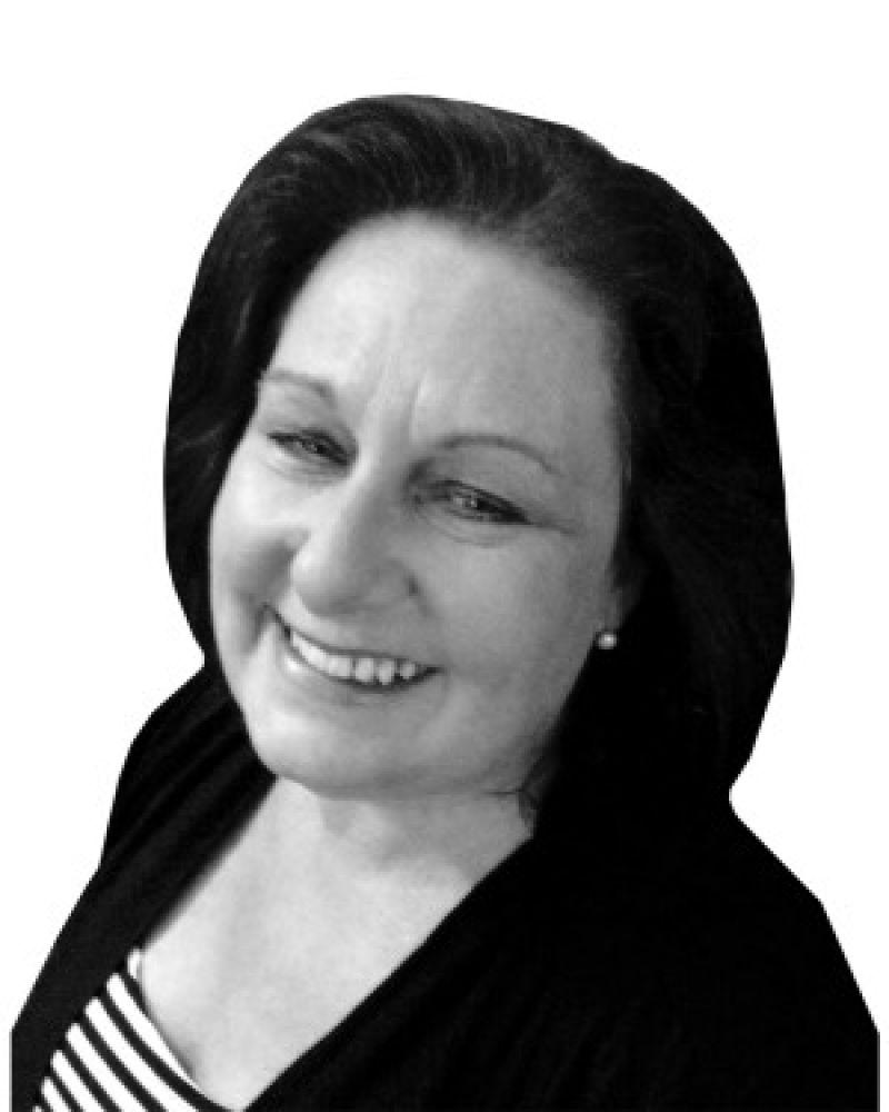 Jane Vella Real Estate Agent