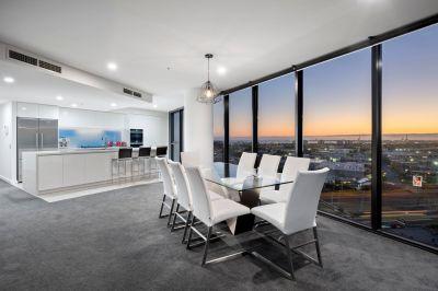 18th floor Yarra's Edge oasis with memorable views
