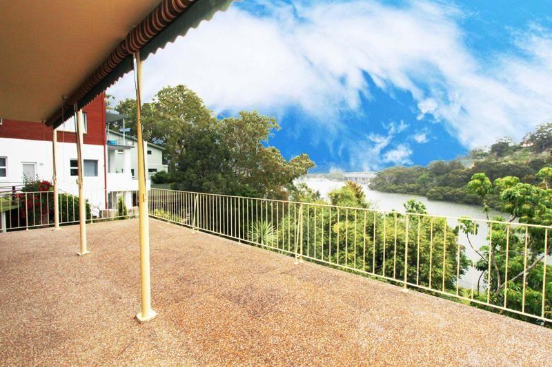 Real Estate For Lease 2 Dinjerra Crescent Oatley Nsw