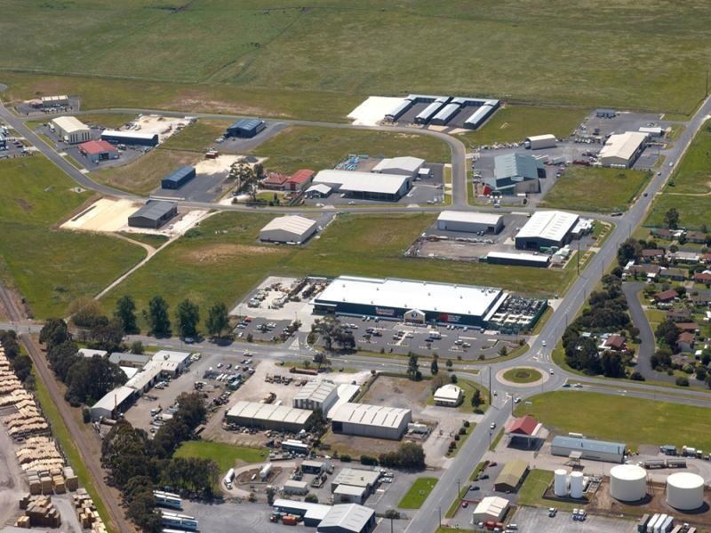 Bunnings Warehouse - 10 year lease