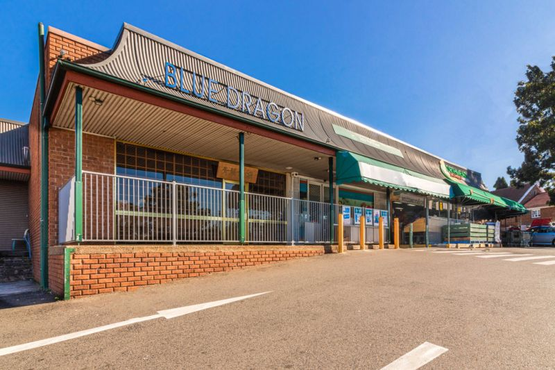 Retail Shop in Desirable Location