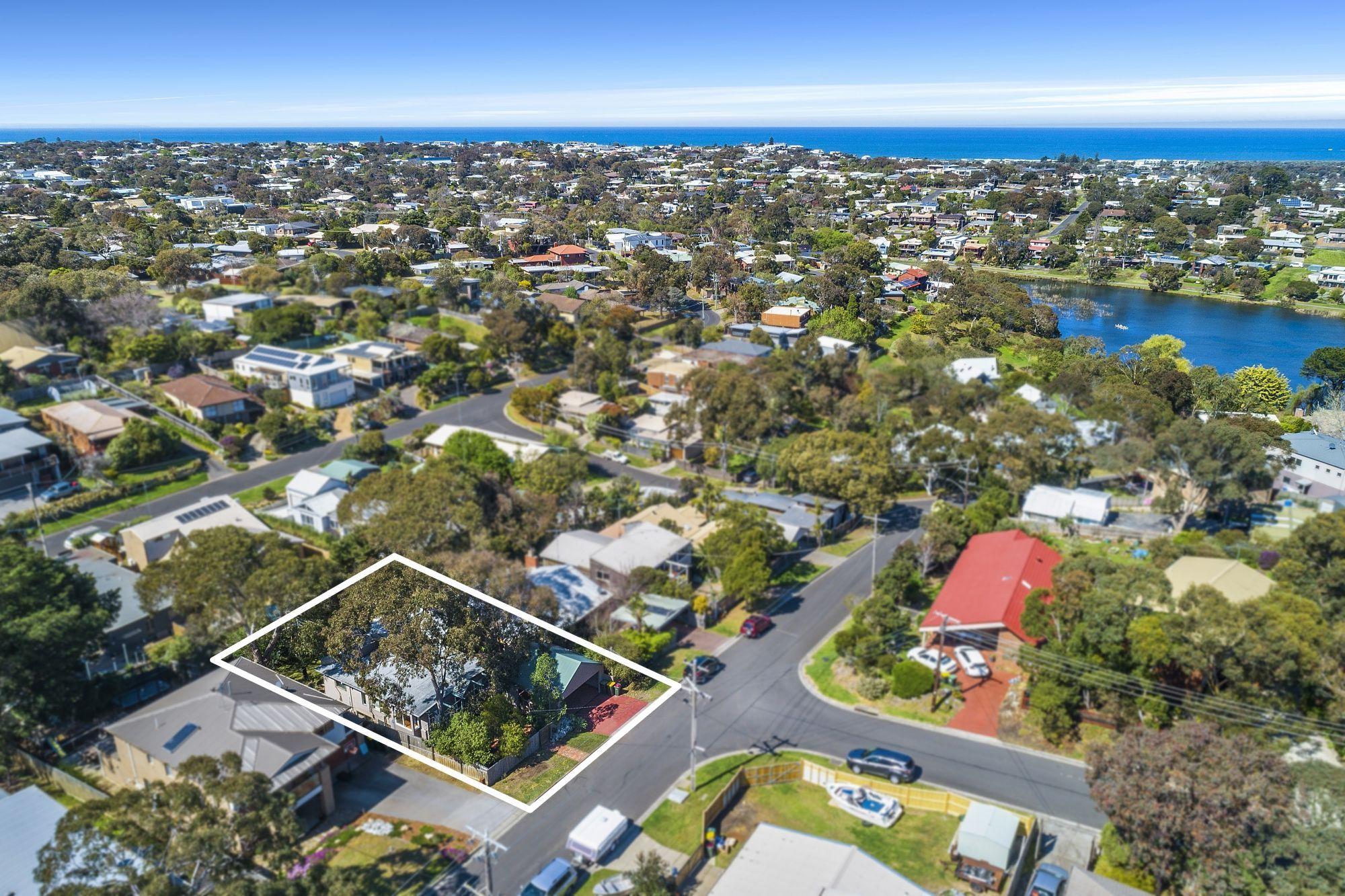 13 Seagull Grove, Ocean Grove VIC 3226