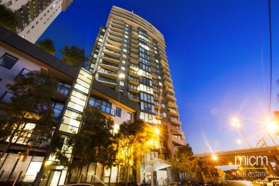 Yarra Crest, 19th Floor - Tram Stop At Your Doorstep!