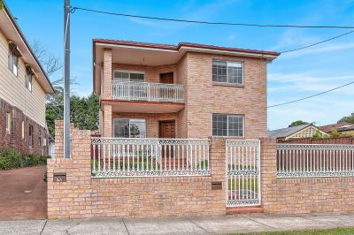 Family Home in Whisper Quiet Location!