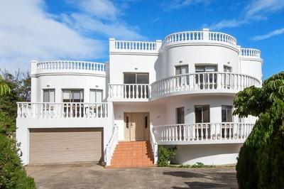 Amazing 4 Bedroom House On Double Block
