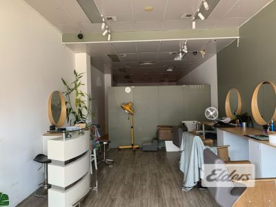 HAIRDESSER/BARBER OPPORTUNITY ON LOGAN ROAD RETAIL STRIP!