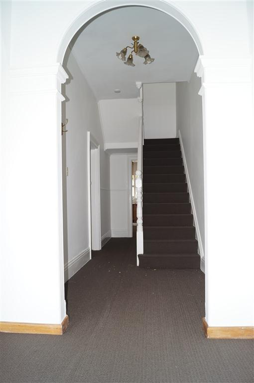 302 Murray Street