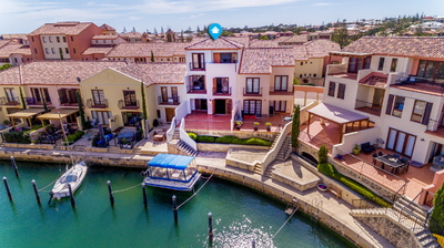 MEDITERRANEAN LIVING IN PORT BOUVARD