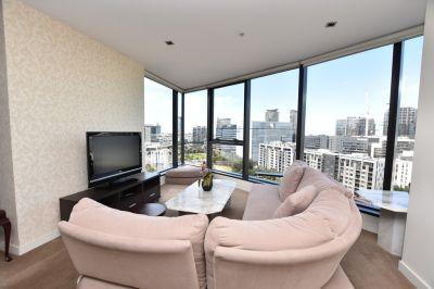 Sensational Docklands Location With Stunning 33rd Floor Views!