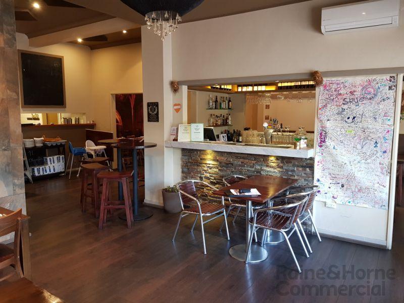 Restaurant Opportunity in Village Style Retail Arcade