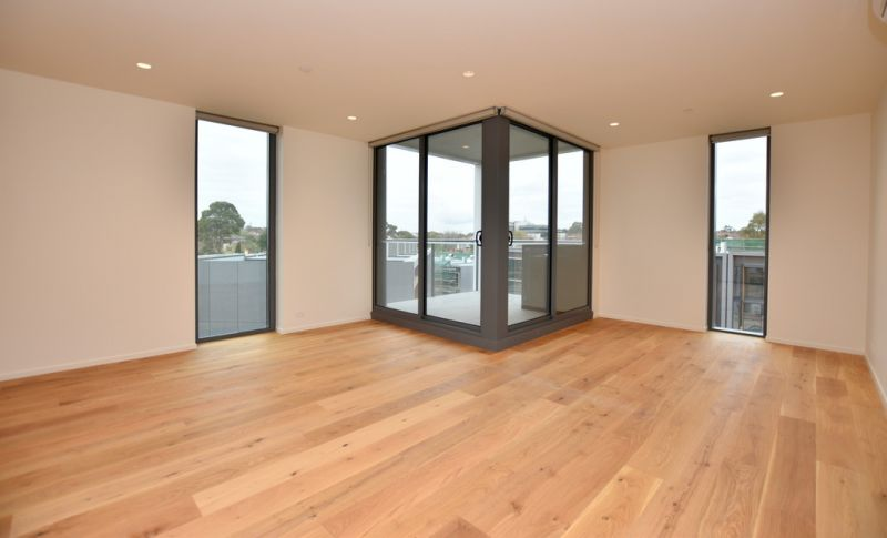 Brand New One Bedroom Apartment in the Highly Sought After Toorak Park!