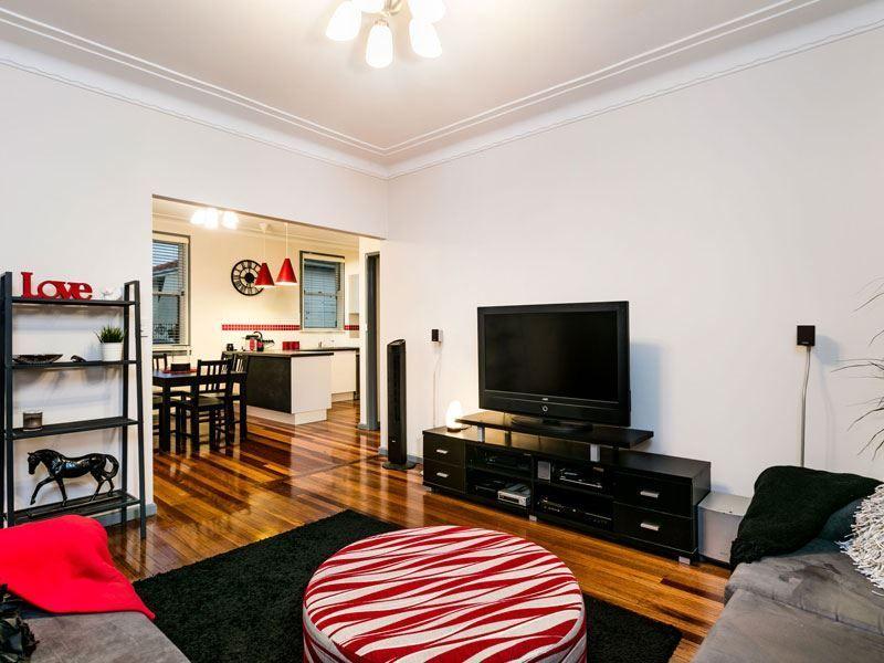 2 Radley Road, Seven Hills NSW 2147