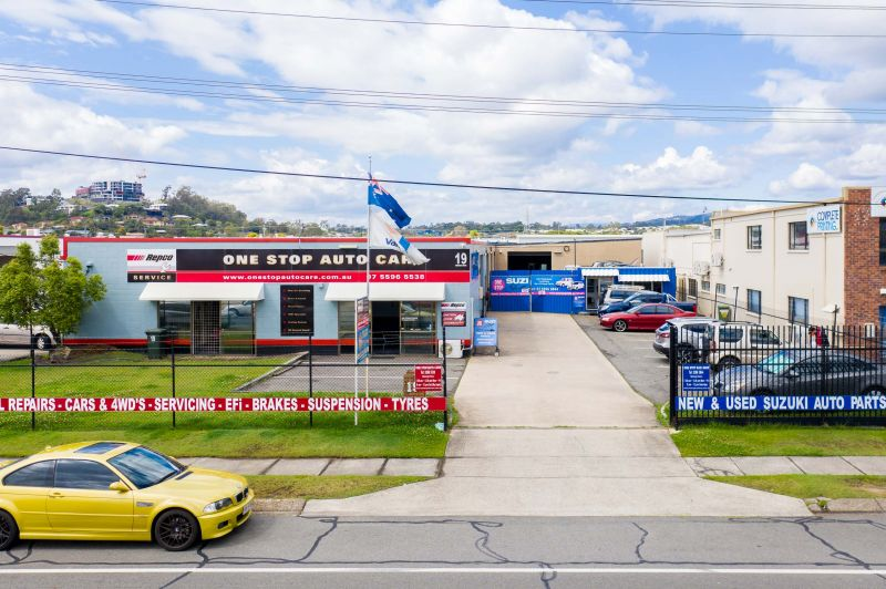 UNDER CONTRACT - 100% Leased Freehold Investment In Central Location! Extremely Motivated Vendor - Will Be Sold!