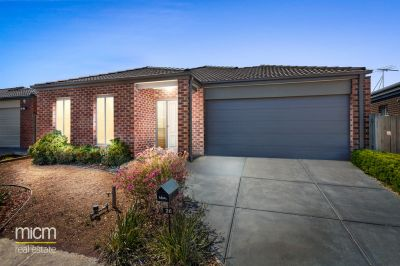 Unbeatable Family Appeal in Prestigious Point Cook Pocket