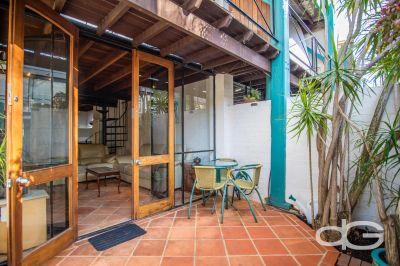 2/31 Pakenham Street, Fremantle