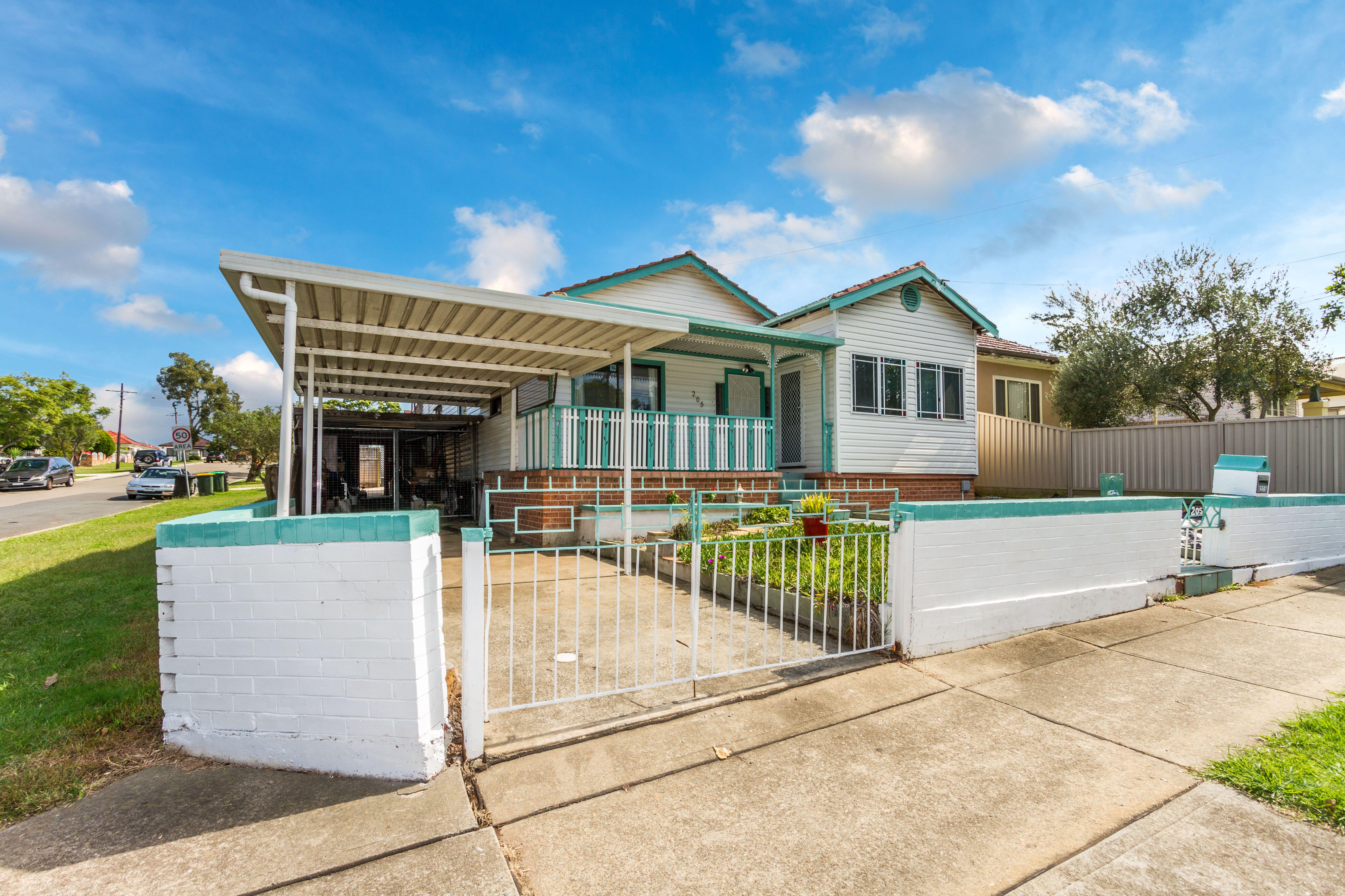 205 Park Road, Auburn NSW 2144