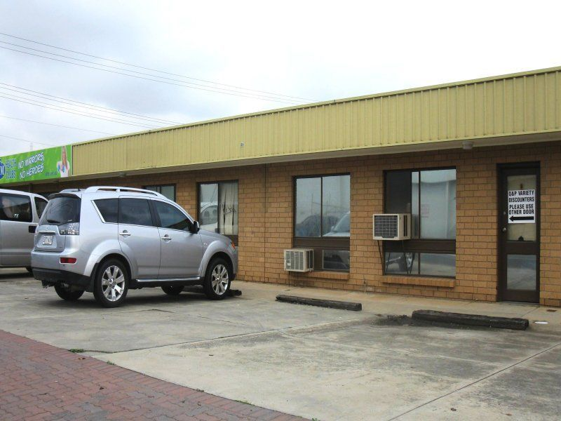 NEAT & TIDY OFFICE WAREHOUSE IN PRIME INNER WEST!