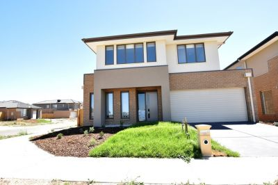 FIRST CLASS TENANT WANTED! Brand new Corner Block Double Storey Four Bedroom and Ready to Move In!