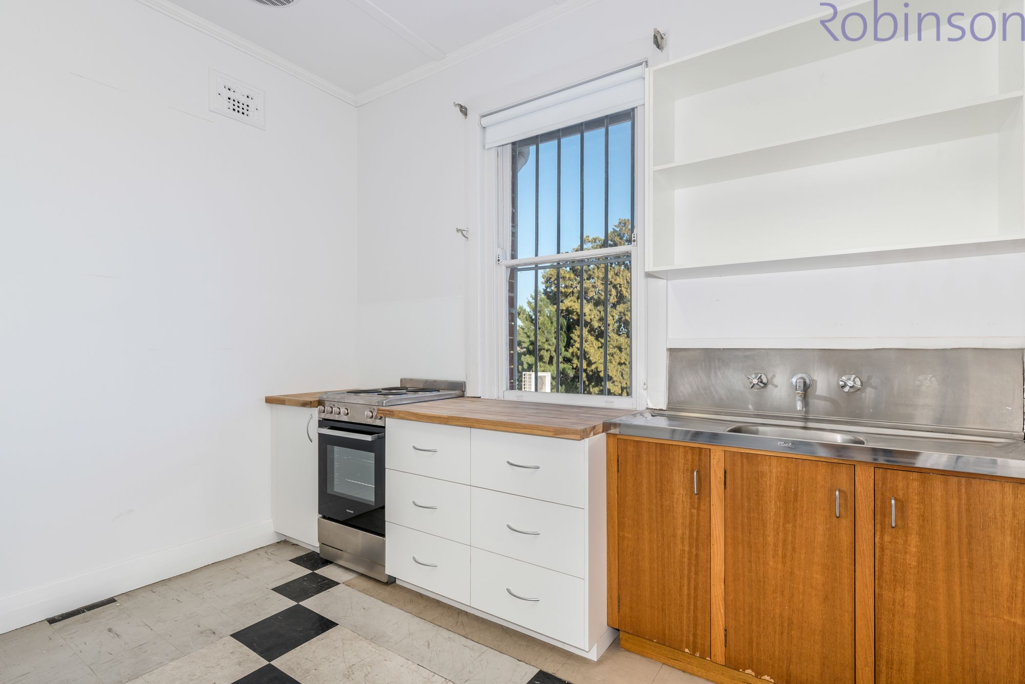 1/250 Brunker Road, Adamstown