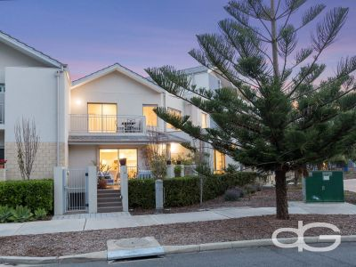4/30 Heirisson Way, North Coogee