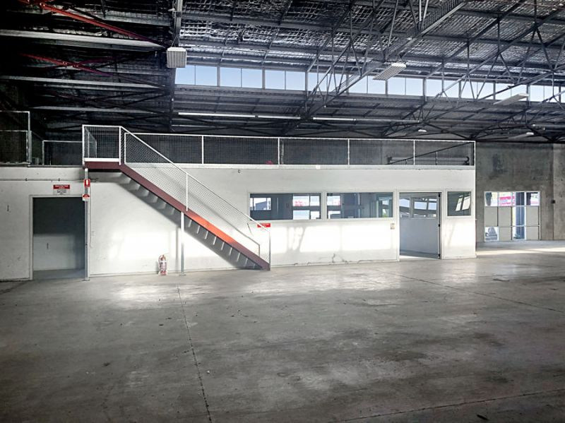 Modern, high clearance warehouse with showroom and office...